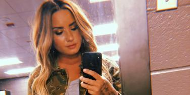 6 Sad New Details About Reports Demi Lovato Overdosed On Heroin