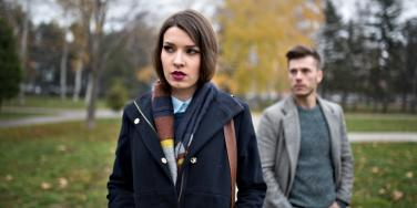 What Is A Yo-Yo Relationship? 5 Reasons Why Men Pull Away Or Break Up — Yet Keep Coming Back