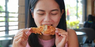 Why Men Pay $9,000 A Month To Watch This Woman Eat