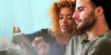 7 Reasons Why Facebook Causes Relationship Problems