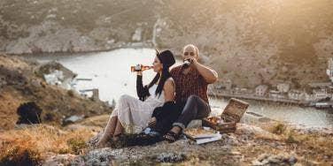 6 Unique And Fun Fall Date Ideas