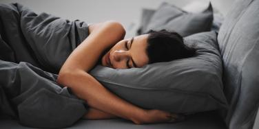 What To Drink If You Want To Fall Asleep Instantly, According To Science