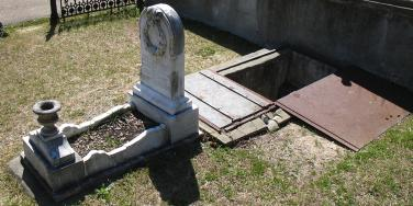 Florence Irene Ford Grave