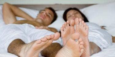 French amateur cums on shoe
