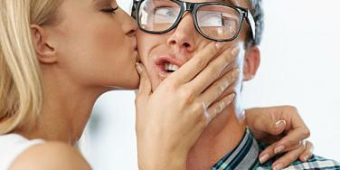 Desperate For Love: The Heartwarming Reason This Guy Was Kissed