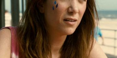 7 Romance Clichés In Kristen Wiig's 'Girl Most Likely'