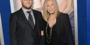 "seth rogen and barbra streisand at ""the guilt trip"" premiere"