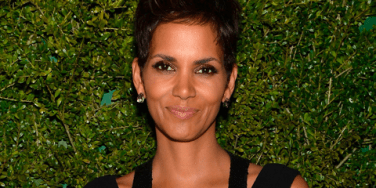 Celebrity Couples: See Halle Berry In Her Wedding Dress!