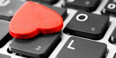 Why The Time Is Now To Start Online Dating