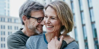 The Anti-Aging Effects Of Marriage & Long-Term Relationships That Keep Attractive Women Looking Younger