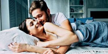 How To Arouse A Man: 5 Ways To Turn A Guy On