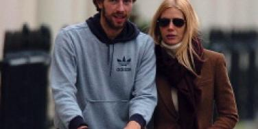 Gwyneth & Chris Martin To Do Xmas In UK