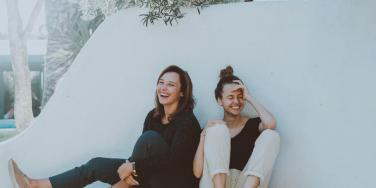 How To Be A Good Friend & Make Time For Friendship In A Busy Schedule