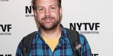 Twinning! Is Jason Sudeikis Hooking Up With An Olsen Twin?