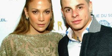 Jennifer Lopez and Casper Smart posing