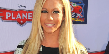 Celebrity Sex: Kendra Wilkinson Wants Her Daughter In 'Playboy'?