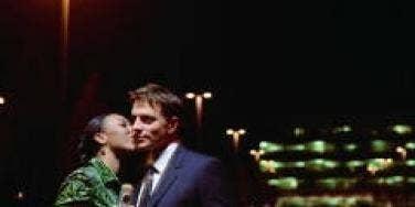kissing under the street lights