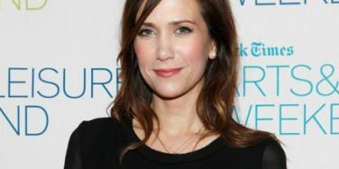 Kristen Wiig: Male Strippers Turned 'Bridesmaids' Cast Into BFFs
