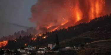 la palma volcano eruption spain coast