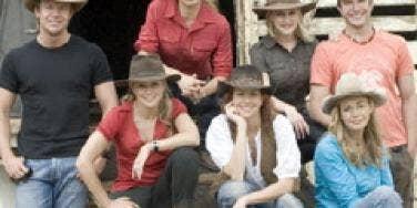 mcleods daughters cast
