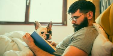 Does Reading Make You More Attractive? 3 Reasons Why Women Love Men Who Read