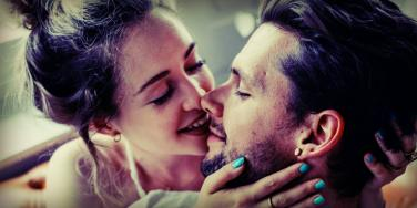 3 Dating 'Tips' That Keep Women From Finding True Love In Healthy Relationships