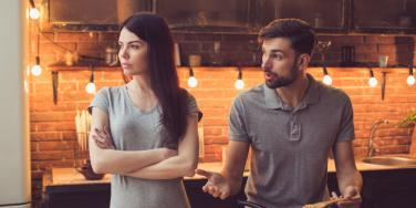 Bad Credit Scores Are A Sign Your Relationship Won't Work