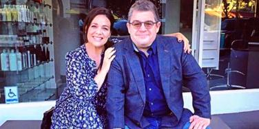 We Interviewed Meredith Salenger To Learn ALL The Details Of How She Met & Fell MADLY In Love With Fiance Patton Oswalt
