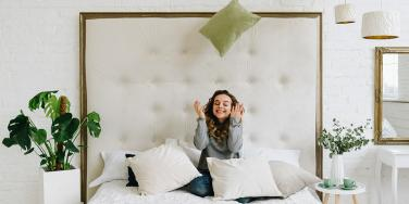 The Crazy Thing Throw Pillows Reveal About Your Relationship