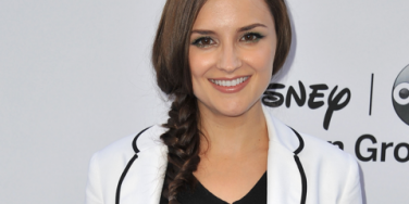 Parenting: Rachael Leigh Cook Welcomes A Baby Girl!
