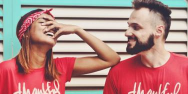 Important Relationship Advice Men & Women Ignore When They're Falling In Love (According To Brain Science)
