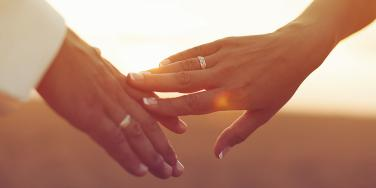 The Shocking Reason We Don't Always Wear Our Wedding Rings