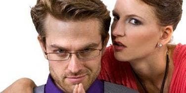 Weird News: Couple Gets Creative While Robbing A Home