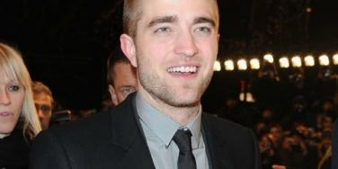 Robert Pattinson & His Dad: Bonding Time At A Berlin Sex Club?