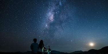 couple under the stars