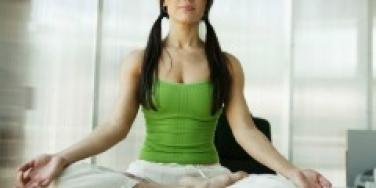 yoga pose pigtails
