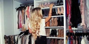 girl shoes closet