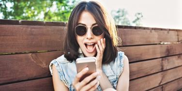 How Social Media Bad Habits Affect Your Self-Esteem & Confidence