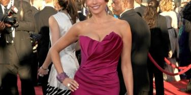 10 Sexiest Females On The SAG Awards Red Carpet