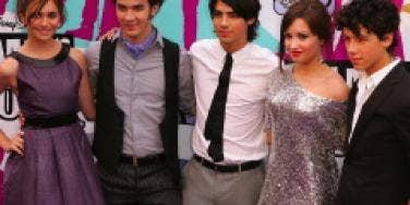 Alyson Stoner, Joe Jonas, Kevin Jonas, Demi Lovato, Nick Jonas, Jonas Brothers