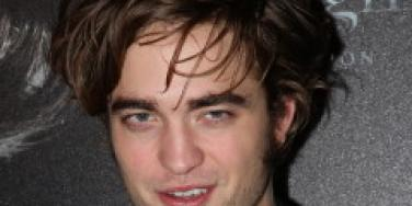 A-List Links: Robert Pattinson With New Co-Star