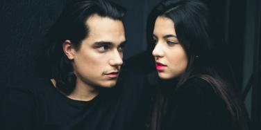 What Taking A Break In A Relationship Means & How To Deal