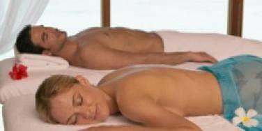 couple spa retreat massage