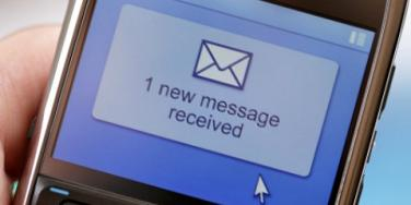 The Ins & Outs Of Texting & Dating [EXPERT]