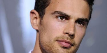 'Divergent' star Theo James