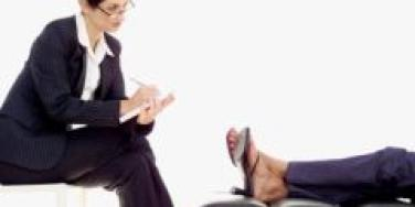 female therapist counseling female patient