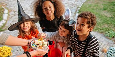 trick or treating kids