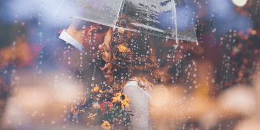 How To Tell If You've Met A Soulmate Vs. A Twin Flame, By Zodiac Sign