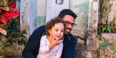What Are Daddy Issues? How Fathers Affect The Health Of Their Daughters' Relationships