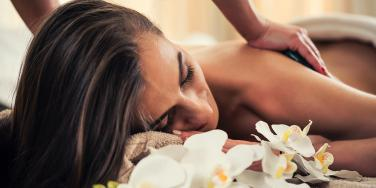 """FL Spa Offers """"Wife Daycare"""" For Men Tired Of Being Husbands"""